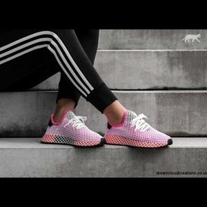Adidas | Deerupt Runner Sneakers In Chalk Pink - 8